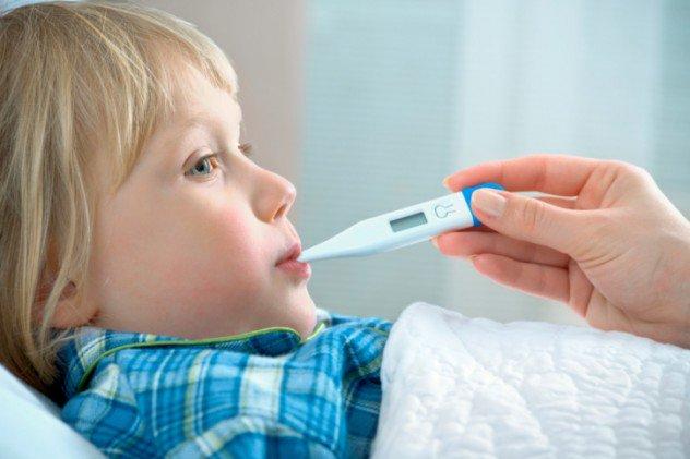 Почему болит живот при ветрянке у ребенка или взрослого?