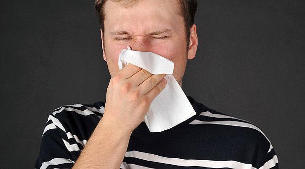 выделение слизи из носа