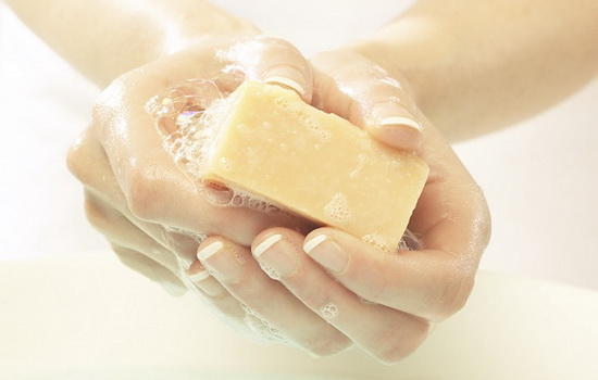 купание с применением хозяйственного мыла