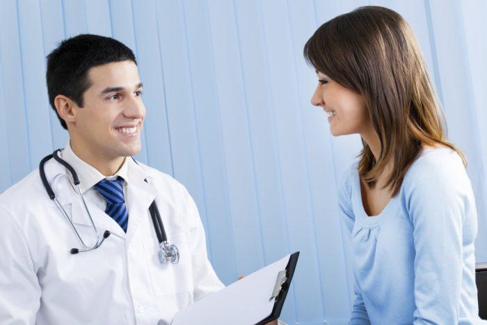 специалист назначает больному комплексное лечение
