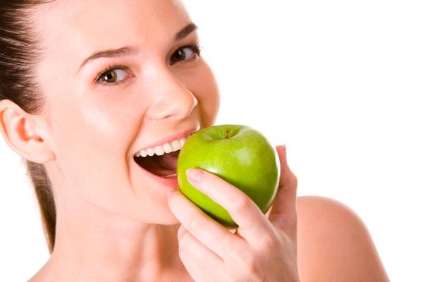 питание исключительно яблоками