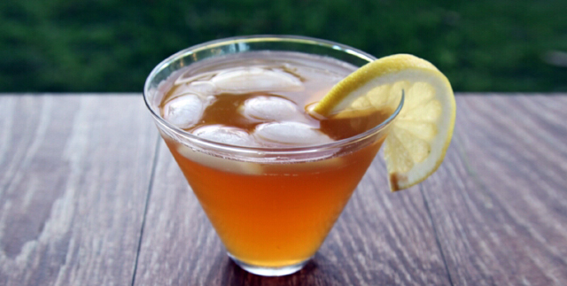 смесь чайного гриба и лимонного сока
