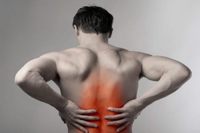 боль в животе и в спине