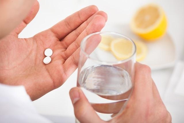 таблетки необходимо принимать внутрь